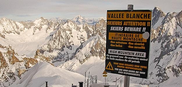 Maailma on täynnä hienoja hiihtokeskuksia ja laskemisen arvoisia mäkiä. Lumipallon tarkemmassa esittelyssä neljä tutustumisen arvoista laskua eri puolilta maailmaa.