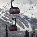 Whistler Blackcomb hiihtokeskus laskettelukeskus gondolihissi hiihtohissi Peak 2 Peak