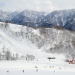 Hakuba Cortina skiing