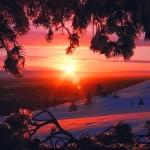 Aurinko nousee Levillä