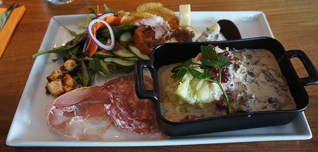 Pohjoismaiden suurin laskettelukeskus Åre tarjoaa kattavan rinnevalikoiman lisäksi myös erittäin kattavan valikoiman kokeilemisen arvoisia ravintoloita.