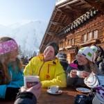 Adelboden rinneravintola laskettelijat alppimaja