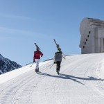 pitztaler kapelle mit skifahrer