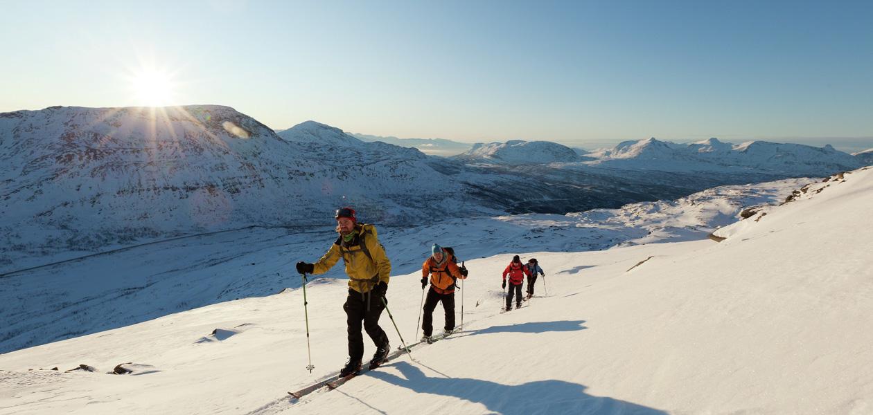 Skiing in Spanstinden, close to Narvik. Photo: www.visitnorway.com / Fredrik Schenholm