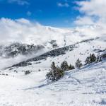 Grandvalira Andorra llac del cubil powder slope