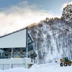 kurodake ski center gondola