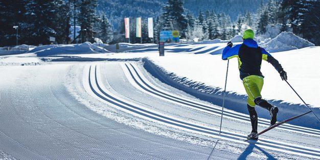 Lumipallo - Alamäki alkaa täältä - Alamäki alkaa täältä b3f972b440